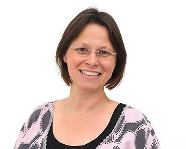 Astrid Engelmann | Abrechnung, ZMF, QM | Zahnarztpraxis Dr. Wöschler